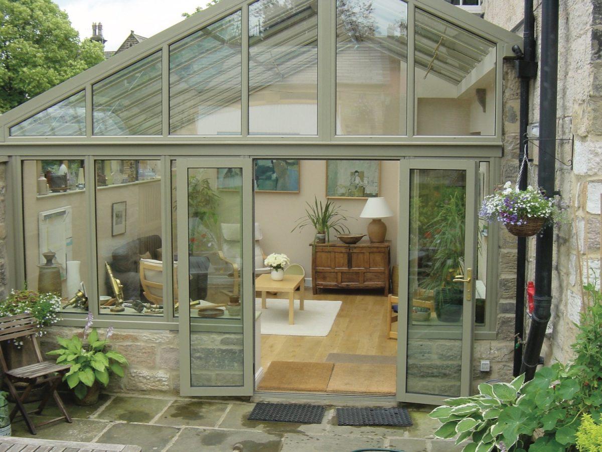 Green gable conservatory in Bingham.
